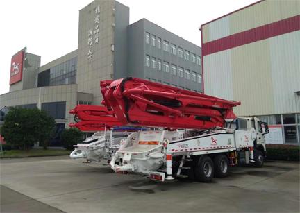 混凝土泵车结构